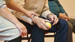 肾病是属于老人病?